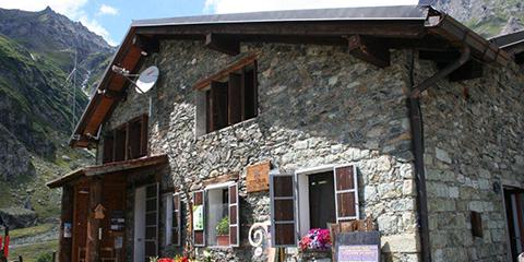 Rifugio Ciriè, hameau Pian della Mussa, Commune de Balme