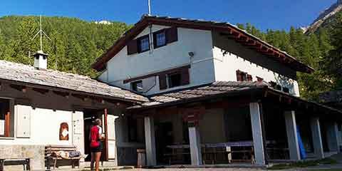 Rifugio Barbara Lowrie, Commune de Bobbio Pellice